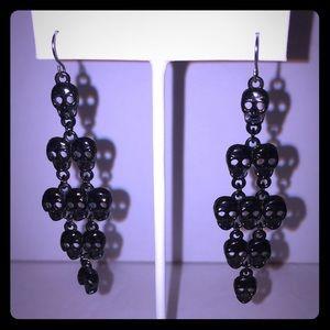 Jewelry - Black Metal Skull 💀 Dangle Earrings 💀🖤